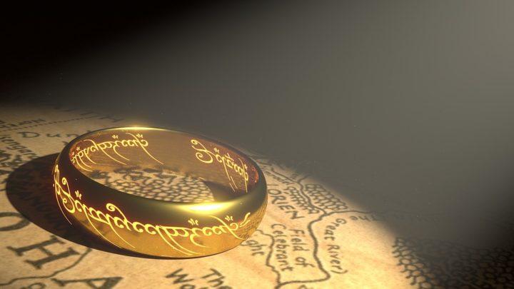 Jaki wpływ ma grawer biżuterii na samopoczucie?